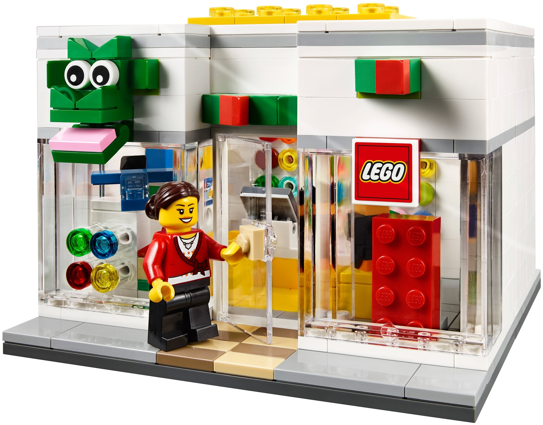 Магазин LEGO